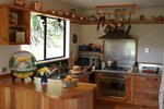 Saltings-Estate-Bordeaux-Suite-Kitchen---Vintner-s-Haven